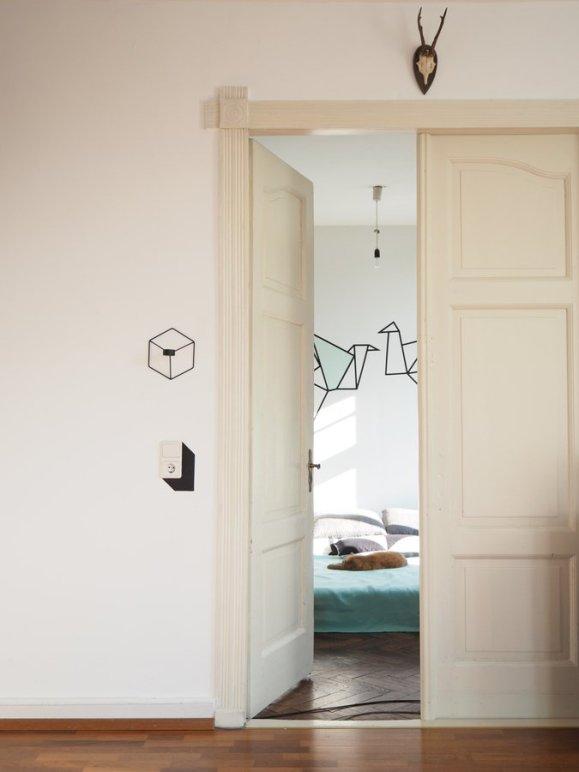 852199-blick-ins-sonnige-schlafzimmer